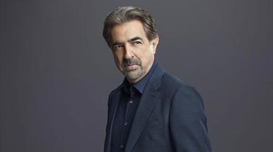 Joe Mantegna: «A veces duele el peso que tiene el estereotipo del italoamericano»
