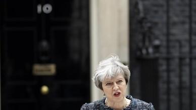 May acusa la UE d'amenaçar el Regne Unit per influir en les eleccions