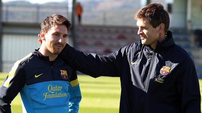 Leo Messi y Tito Vilanova, durante un entrenamiento a finales del 2012