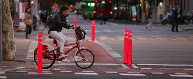 V�a ciclista en Diagonal con Bruc.