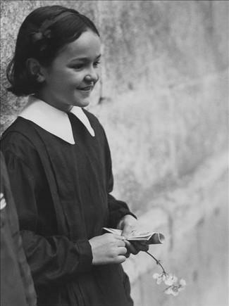 MARIANNE BRESLAUER:'Colegiala', Girona 1933.
