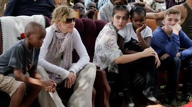 Madonna vol adoptar dos nens més de Malawi