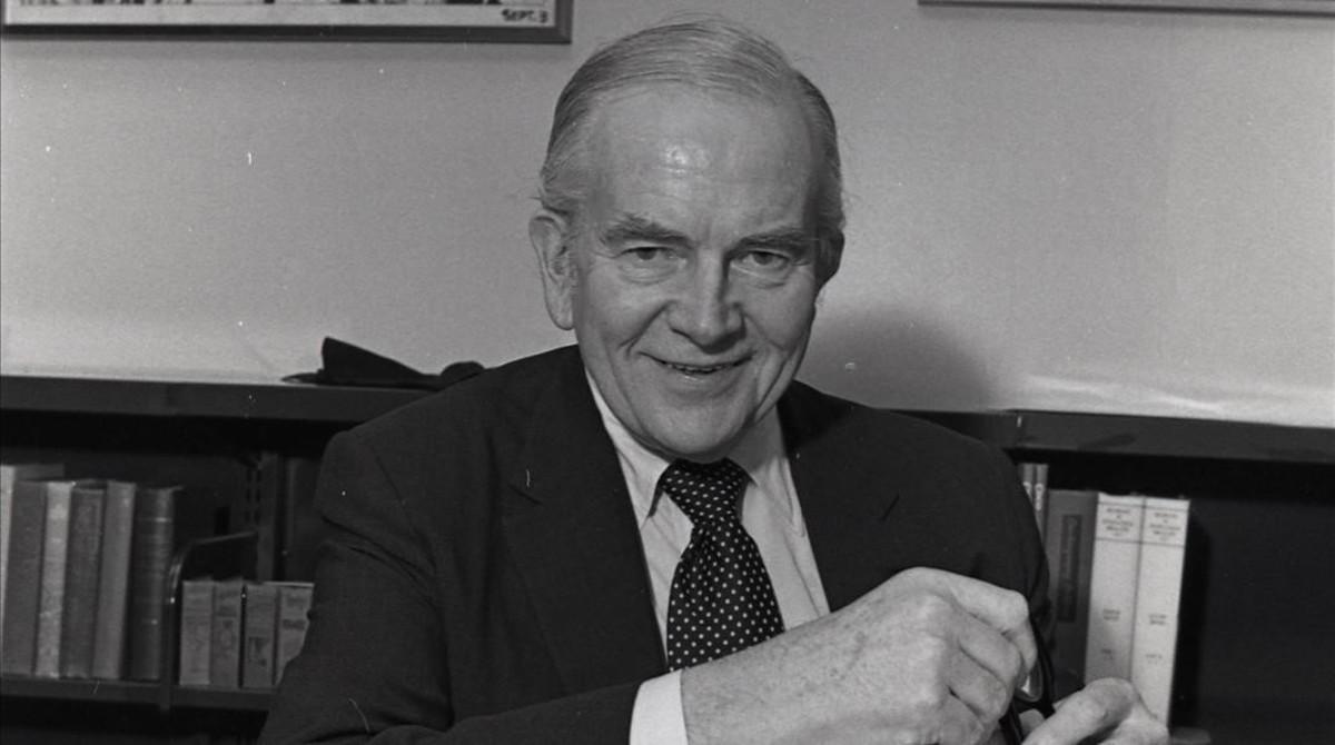 Milton Caniff, en 1979.