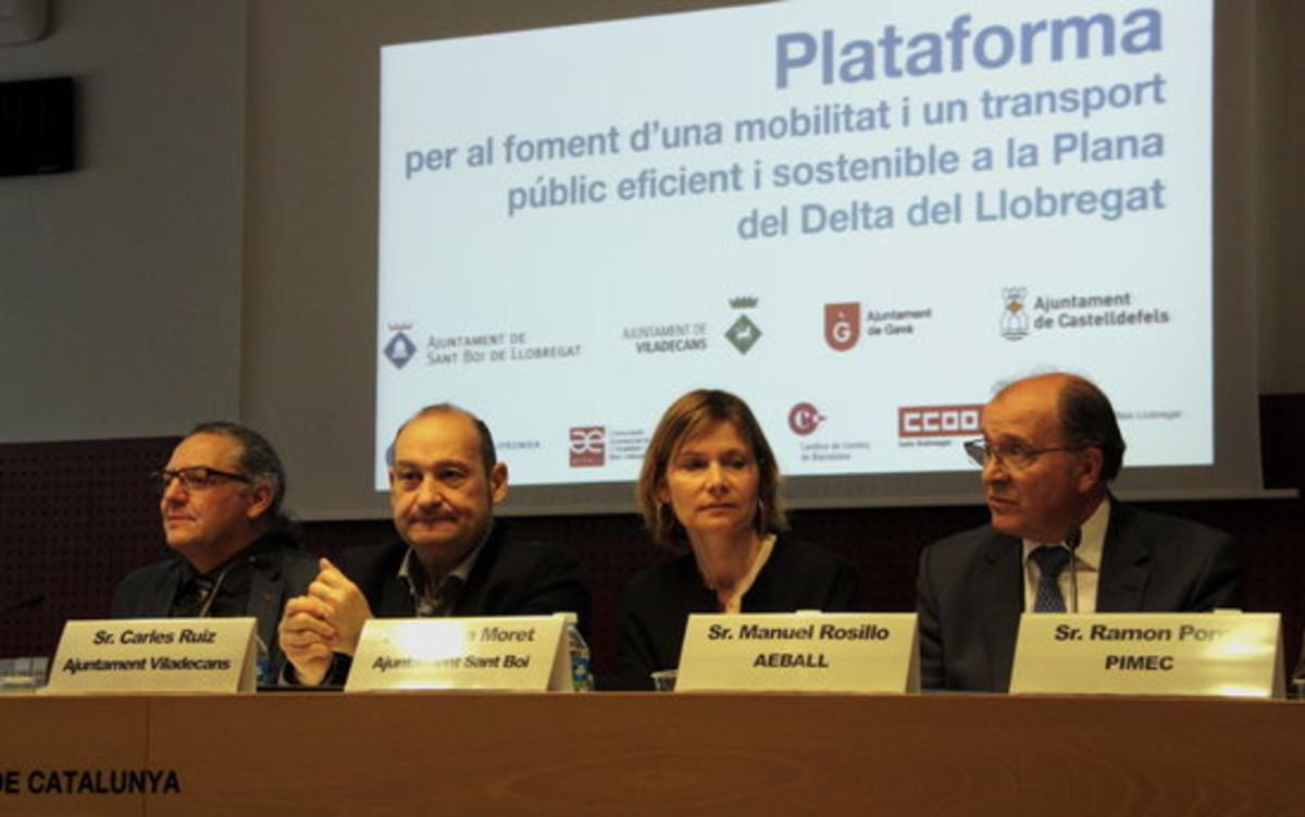 Ayuntamientos y agentes económicos se unen para reclamar una movilidad eficiente en el Delta del Llobregat