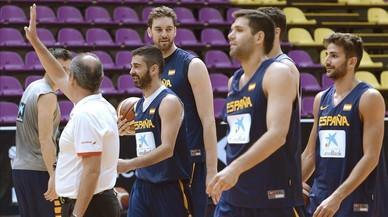 Los jugadores de la selecci�n espa�ola de baloncesto durante un entrenamiento previo a los Juegos.