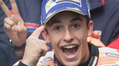 Marc M�rquez celebra, al final del GP, la inteligencia con la que actu� en Holanda.