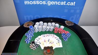 Desmantellada una partida de pòquer il·legal a Vilanova i la Geltrú