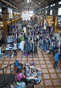 La crisis impulsa la venta especializada de ropa, joyas, libros y electrodom�sticos de segunda mano