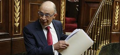 El ministro de Hacienda, Crist�bal Montoro, en el Congreso, este jueves.