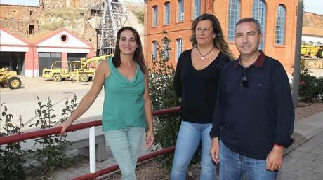 Olga Calero, Rosa Mar�a L�pez y Siro Ramiro, en el Parque Minero de Almad�n.