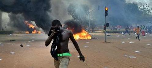 Protestas en Ouagadougou.