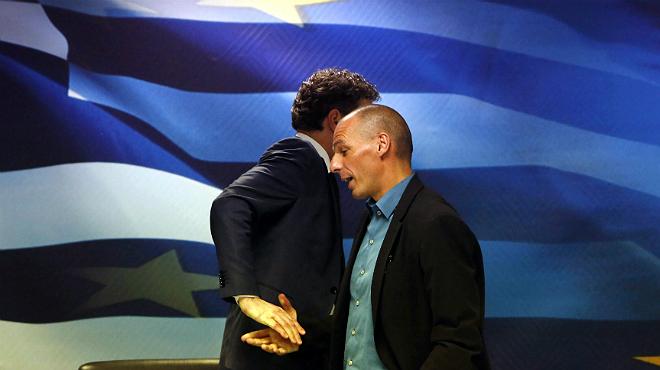 Enfado may�sculo del presidente del Eurogrupo en la rueda de prensa con el ministro griego de Econom�a.