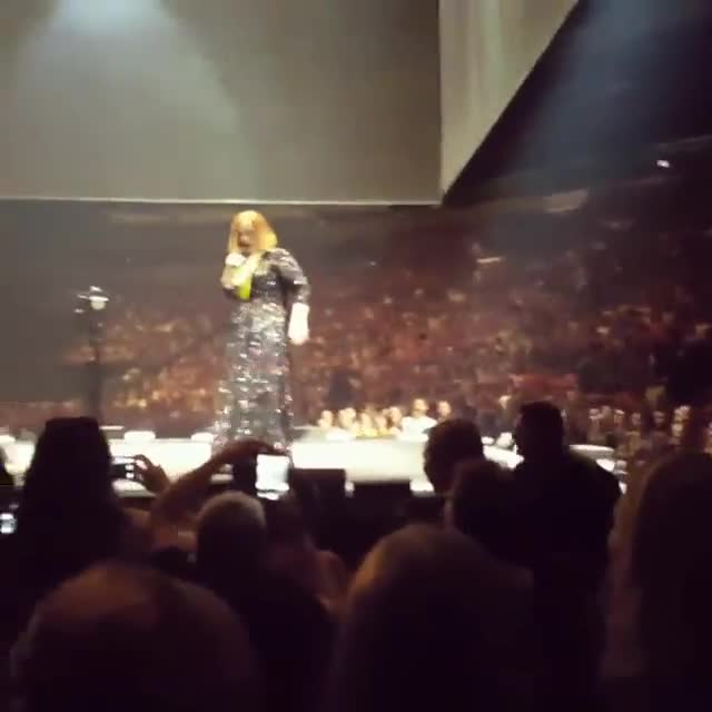 V�deo Adele