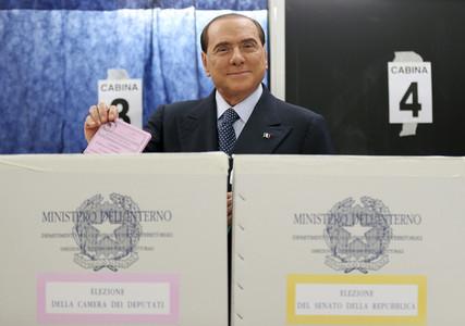 La participaci�n en las elecciones de Italia cae 1,57 puntos hasta mediod�a