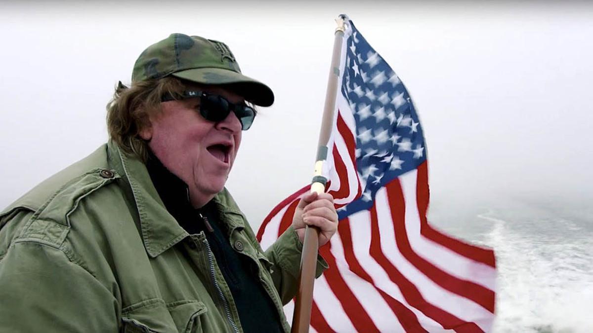 Los 5 consejos de Michael Moore para superar el shock de Trump