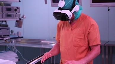 Vall d'Hebron graba una operación en realidad virtual para formar a cirujanos