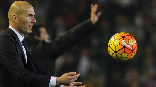 Adéu a la flor de Zidane