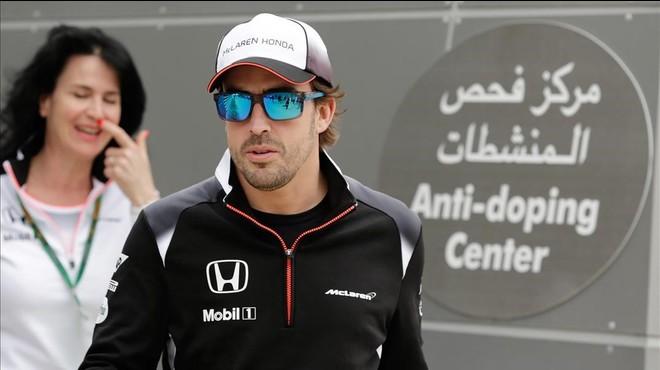 Els metges del Mundial de F-1 no deixen córrer Alonso