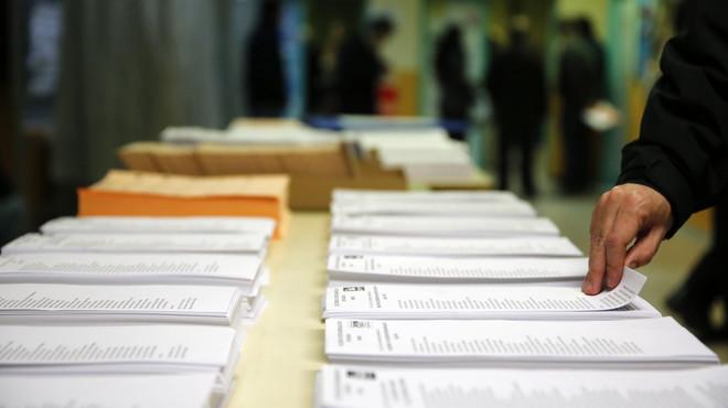 Legislatures de cinc anys i elecció directa de president i alcalde, segons l'esborrany de la constitució catalana