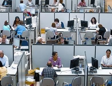 Los ciudadanos deber an poder puntuar a los funcionarios for Oficina tributaria madrid