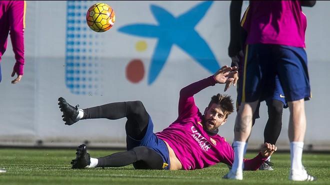 Piqué afegeix més llenya al foc en la polèmica amb l'Espanyol