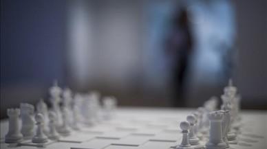 La Miró juega al ajedrez con las vanguardias