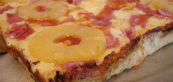 El presidente de Islandia prohibiría la pizza con piña
