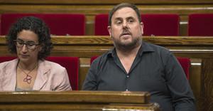 Marta Rovira y Oriol Junqueras, en el Parlament, esta semana.