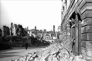 Boix captó Nuremberg destruida en 1946, cuando testificó en los juicios.