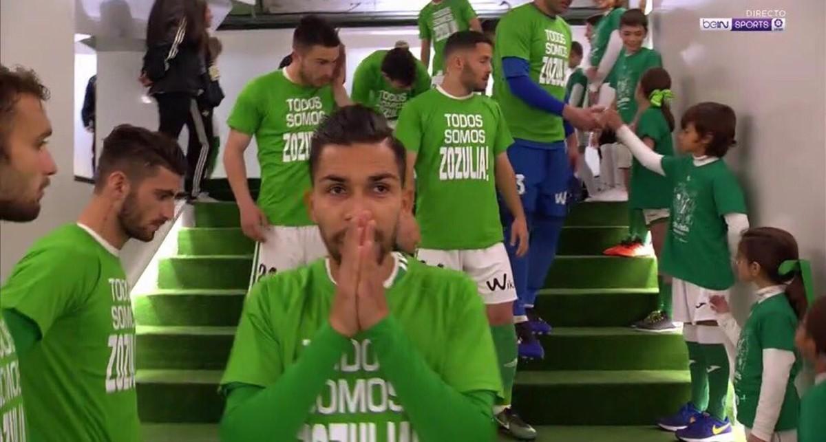 Los jugadores del Betis han mostrado su spoyo a su compañero Zozulya