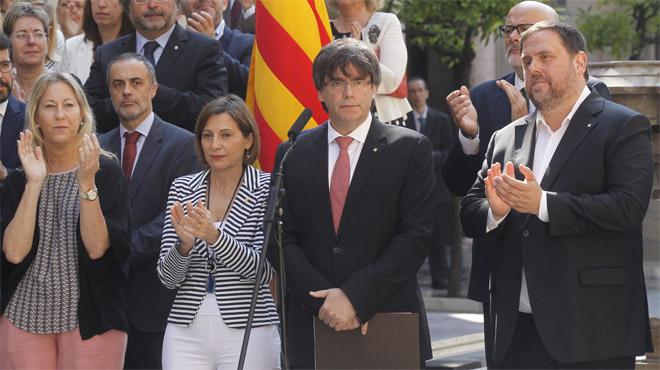 Declaración institucional de Puigdemont para anunciar la fecha y la pregunta del referéndum.