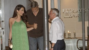 lmmarco39770179 actor george clooney and amal alamuddin leaving harry bar in170822202946