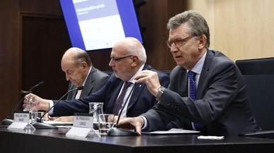 Miquel Roca, izquierda, Jordi Baiget y Francesc Longo.