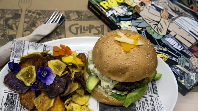 "ON BARCELONA: Restaurante Glups. Hamburgues ""Roco Vargas"", del restaurante, Glups."