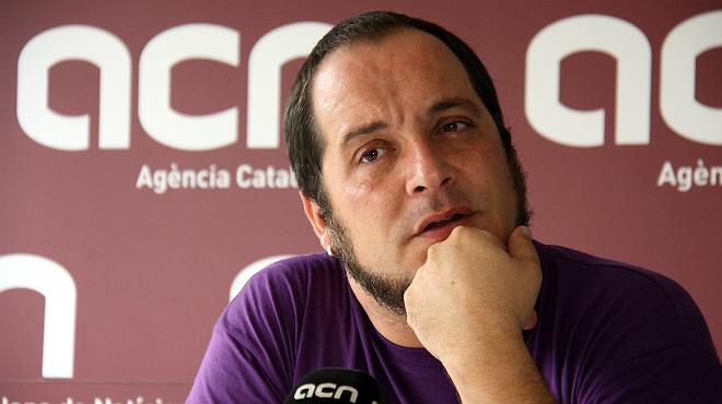 El diputado de la CUP David Fern�ndez durante la entrevista.