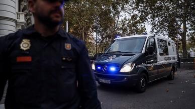 Dos detenidos en Tarragona por mensajes de odio contra la Policia y la Guardia Civil el 1-O