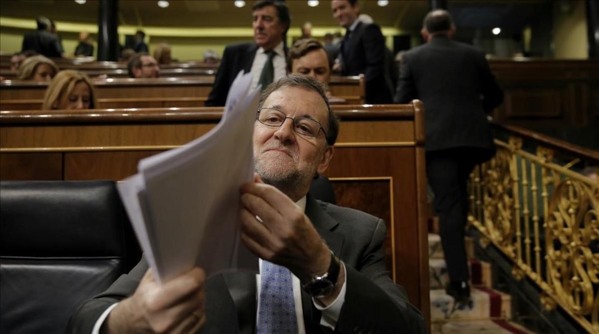 Rajoy defiende la 'ley mordaza' y pide a la oposición que no la derogue