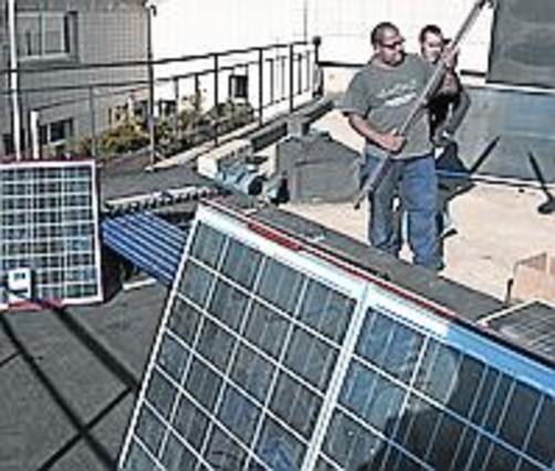 Estudio del potencial energ tico del territorio for Placas solares barcelona