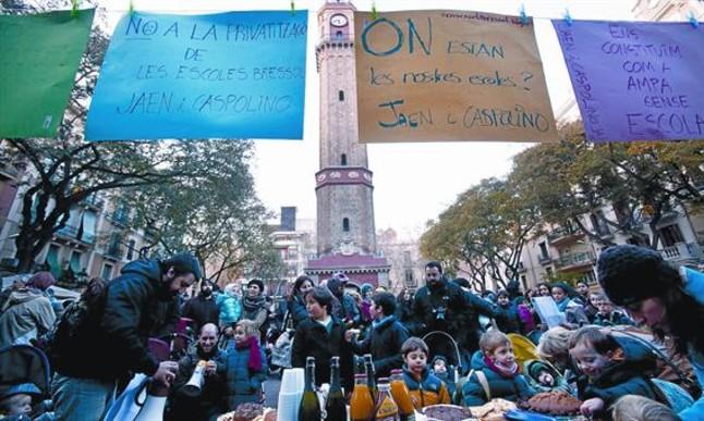 Maestros y familias salen a la calle en defensa de la educación infantil