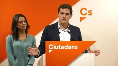 """Rivera recuerda el """"fracaso"""" del 'Brexit' y pide a Puigdemont que ceda y convoque elecciones"""