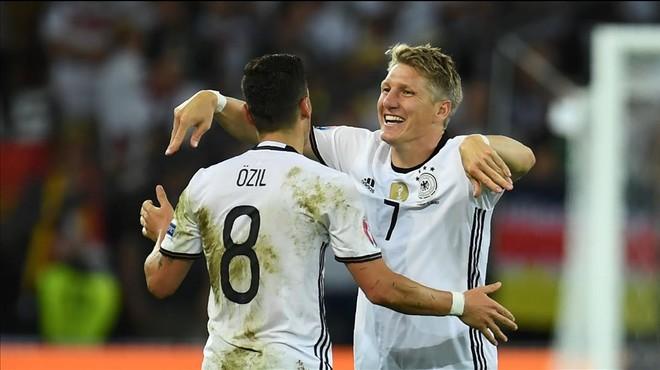 Alemanya venç Ucraïna sense brillar