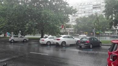 Les tempestes inunden Madrid: torrents al metro, embussos i problemes hospitalaris