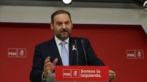 El secretario de Organización del PSOE, José Luis Ábalos, este jueves en la sede del partido.