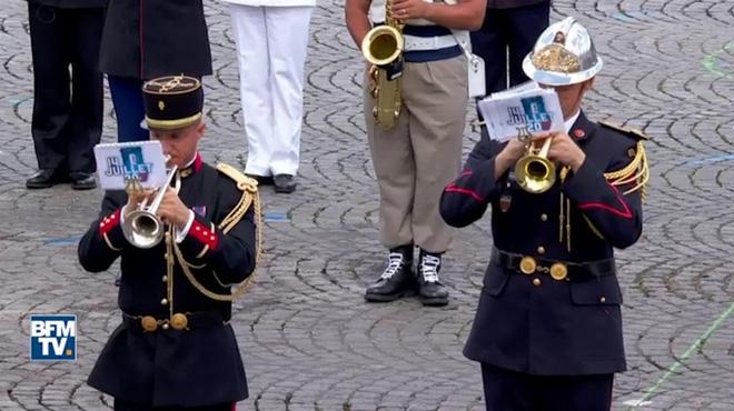 Daft Punk triomfa en la desfilada militar del 14 de juliol francès