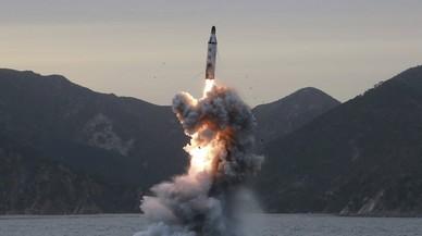 Corea del Norte tensa la cumbre de Trump y Xi lanzando un misil de medio alcance