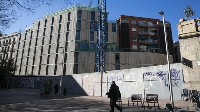 Edificio del futuro hotel del Rec Comtal, este miércoles.