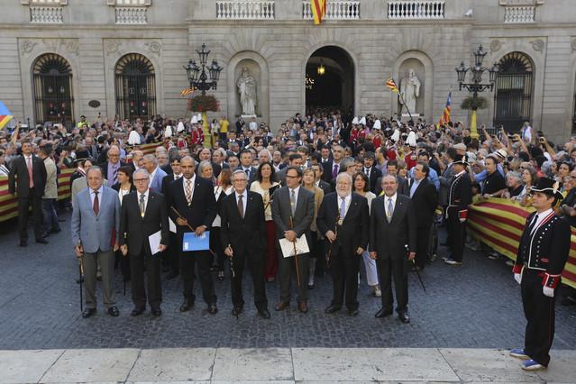 400 alcaldes apoyarán a Mas este jueves en su declaración ante la justicia por el 9-N