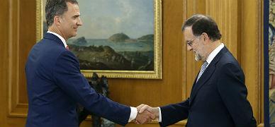 El Rey recibe a Mariano Rajoy.