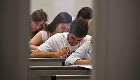 Estudiantes realizando la prueba de selectividad el pasado 12 de junio en Bellaterra.