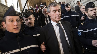 Tres anys de presó per a un exministre d'Hisenda francès per frau